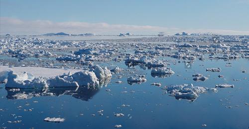 Ice Sheet Disintegrating